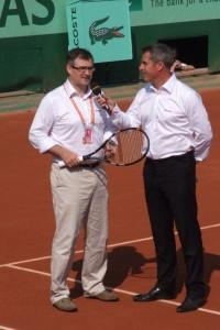 Eric Babolat au micro de Marc Maury speaker officiel de Roland Garros