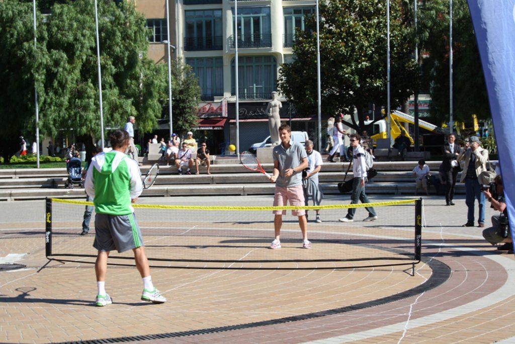 Marcos Baghdatis et Tomas Berdych jouent au Street Tennis
